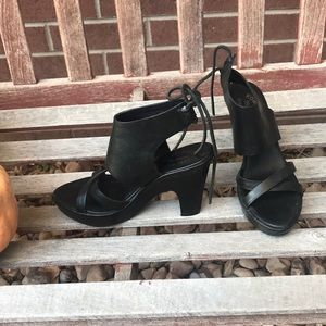 Kork-ease strappy, tieback heels